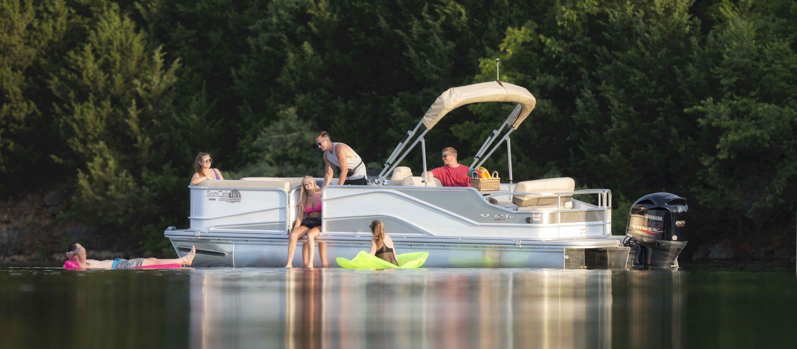 V Series SunCatcher Boats